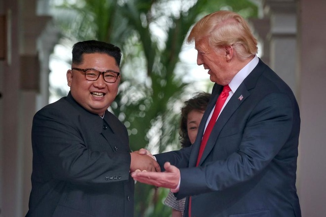 Tong thong Trump thong bao se gap ong Kim Jong Un o Ha Noi hinh anh 2
