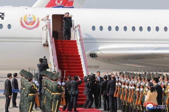 Ong Kim Jong Un co the den Ha Noi bang may bay cu hinh anh 1