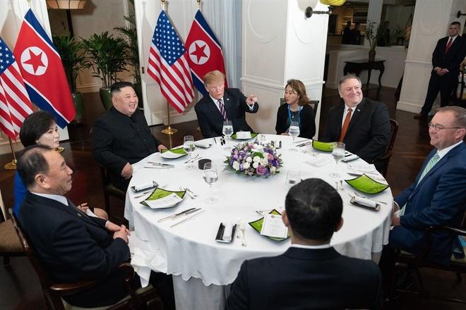 Trump Kim Jong Un Viet Nam anh 1