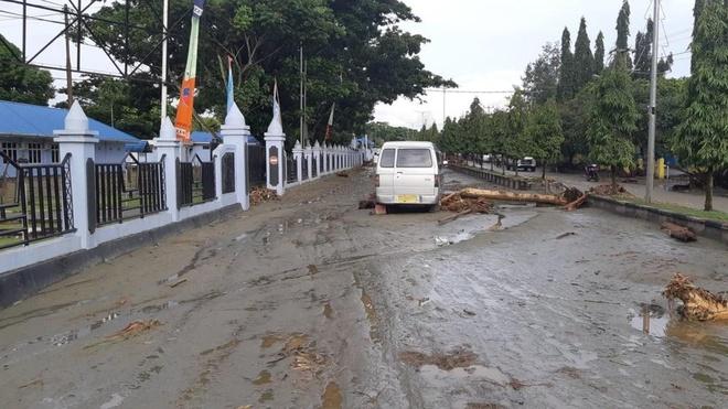 Ít nhất 42 người chết do lũ quét ở Indonesia