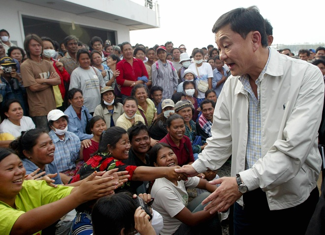 Thaksin bi truong quan doi thu hoi giai thuong anh 1