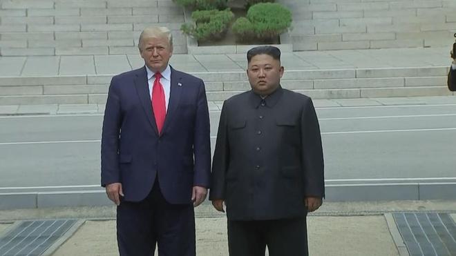 Trieu Tien sua hien phap, ong Kim Jong Un chinh thuc thanh nguyen thu hinh anh 1