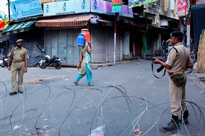 Pakistan truc xuat dai su An Do giua cang thang Kashmir hinh anh 1