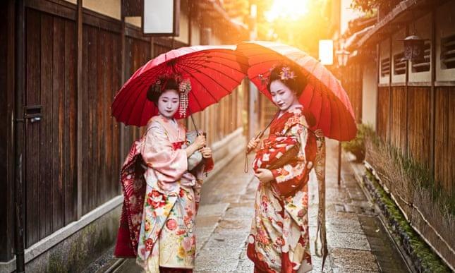 Kyoto cam du khach selfie quay roi cac geisha hinh anh 1