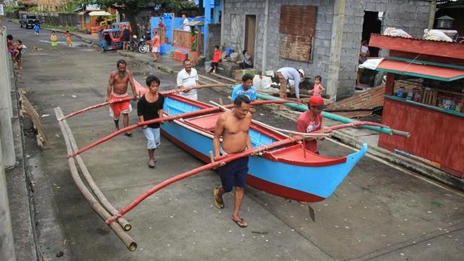 Philippines di tan 200.000 nguoi, dong cua san bay truoc sieu bao hinh anh 1 72f072069f894a5db81682285a0eb7b0_18.jpg