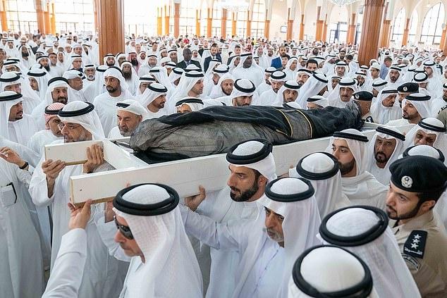 hoang tu UAE qua lieu anh 1