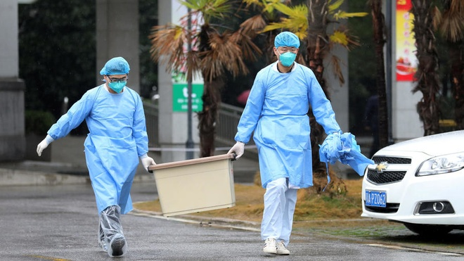 Trung Quoc xac nhan benh viem phoi do virus la lay tu nguoi sang nguoi hinh anh 1 2020_01_20T142320Z_1617150772_RC2QJE9MWP5J_RTRMADP_3_CHINA_HEALTH_PNEUMONIA.jpeg