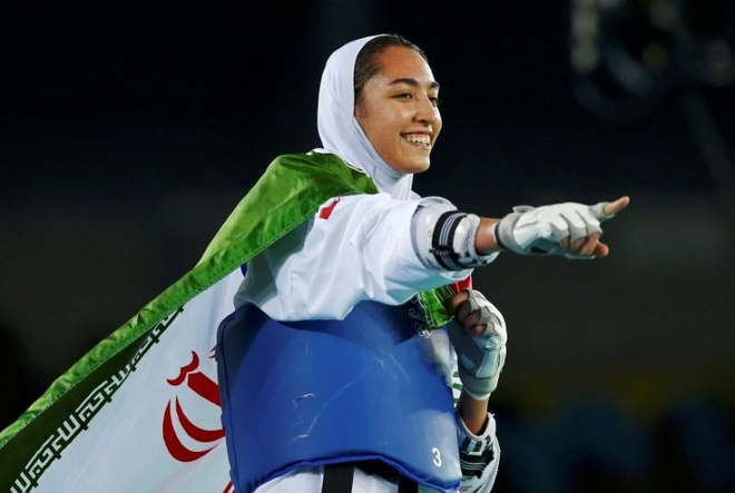 Nu VDV Iran duy nhat doat huy chuong Olympic 'dao tau' sang Duc hinh anh 1 download.jpg
