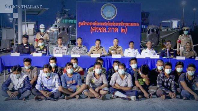 Hải quân Thái Lan giữ các thuyền viên Việt Nam để kiểm tra virus corona. Ảnh: The Nation.