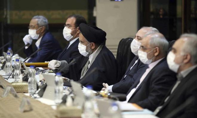 Cu 10 phut, Iran lai co mot nguoi chet vi virus corona hinh anh 1 3000.jpg
