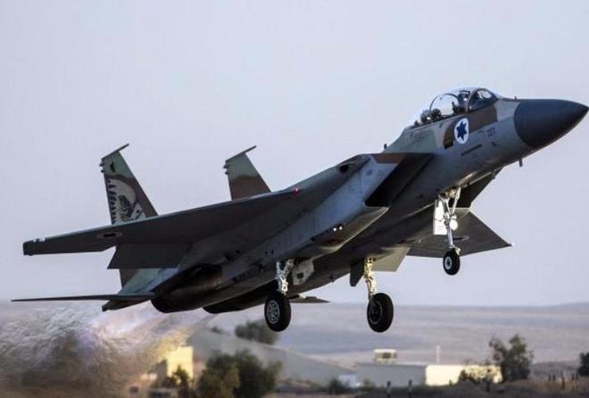 Vi sao Israel bi nghi khong kich can cu quan su Syria? hinh anh
