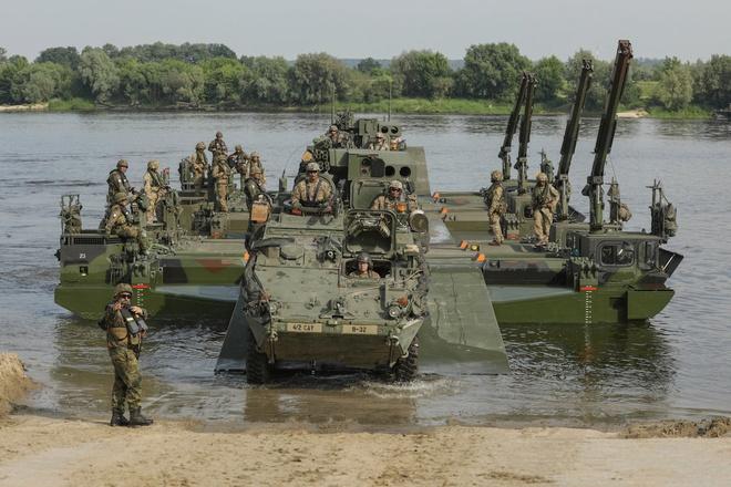 50.000 binh si NATO bat dau tap tran lon nhat tu sau Chien tranh Lanh hinh anh