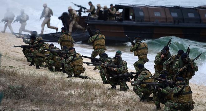 Hàng trăm binh sĩ NATO mô phỏng tái chiếm lãnh thổ ở Na Uy