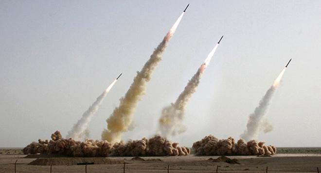 Iran tap tran dap tra lenh trung phat moi cua My hinh anh 1