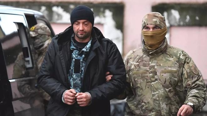 TT Putin tu choi tra tau va thuy thu Ukraine bi bat hinh anh