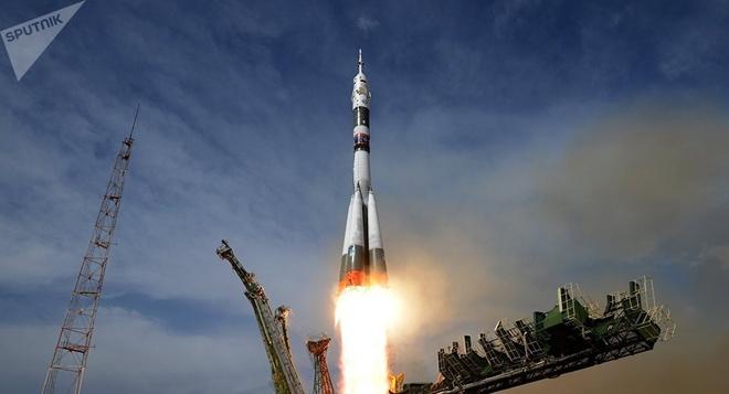 Nga phong thanh cong ten lua Soyuz sau that bai vao thang 10 hinh anh