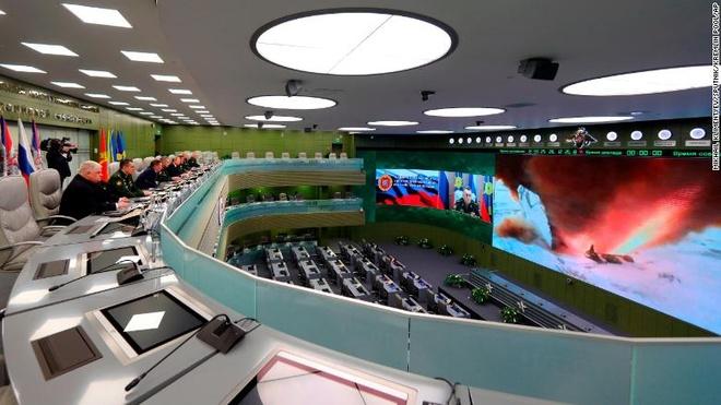 """TT Putin tuyên bố tên lửa """"bất khả xâm phạm"""" đã sẵn sàng"""
