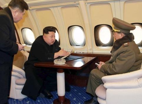 """Kham pha chuyen co 'Air Force Un"""" cua ong Kim hinh anh"""