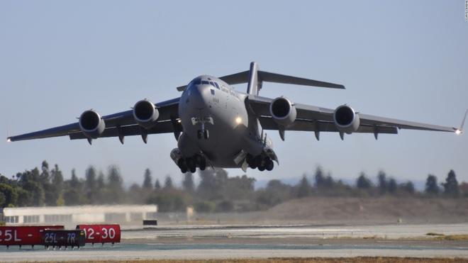 C-17, ngựa thồ dã chiến cho các chuyến đi của tổng thống Mỹ