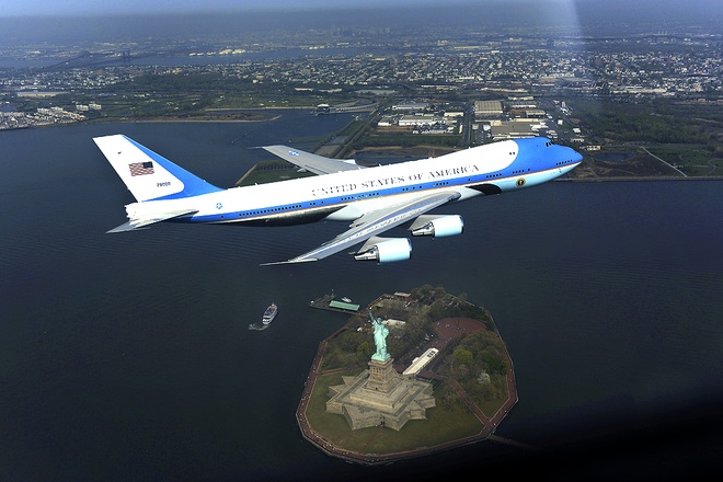 Air Force One ton 2,4 trieu USD de bay den Viet Nam hinh anh 1