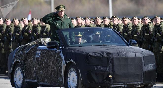 Lo dien phien ban mui tran cua sieu xe chong dan danh cho TT Putin hinh anh