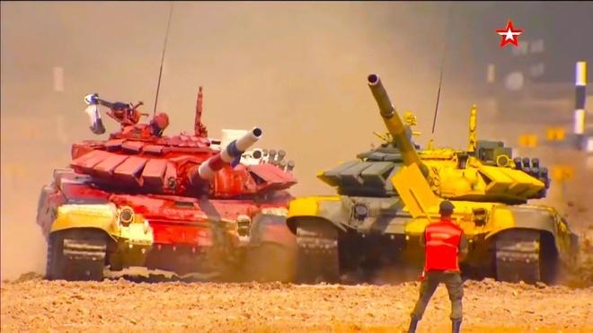 Vuot troi cac doi thu, doi Nga gianh chuc vo dich Tank Biathlon hinh anh 2