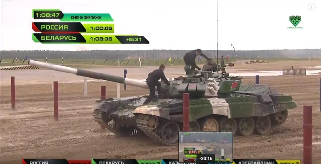 Vuot troi cac doi thu, doi Nga gianh chuc vo dich Tank Biathlon hinh anh 25