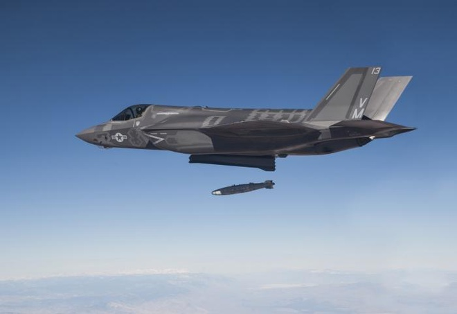 Cuoc doi dau F-35 voi S-400 anh 2