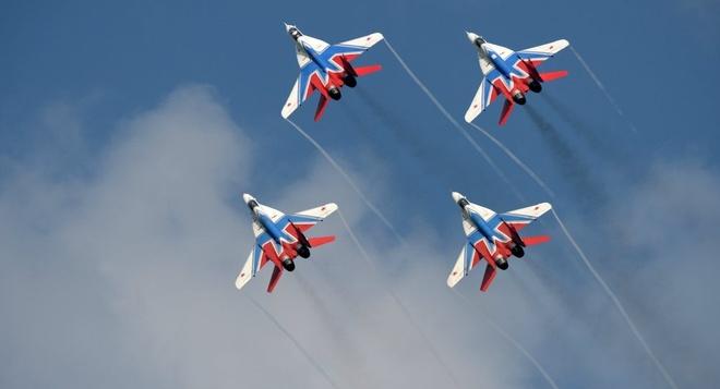 Can canh tiem kich 'quai vat' MiG-29 nhao lon tren khong hinh anh
