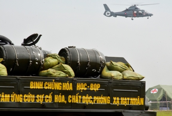 Hop tac quoc phong Viet Nam-Campuchia anh 9