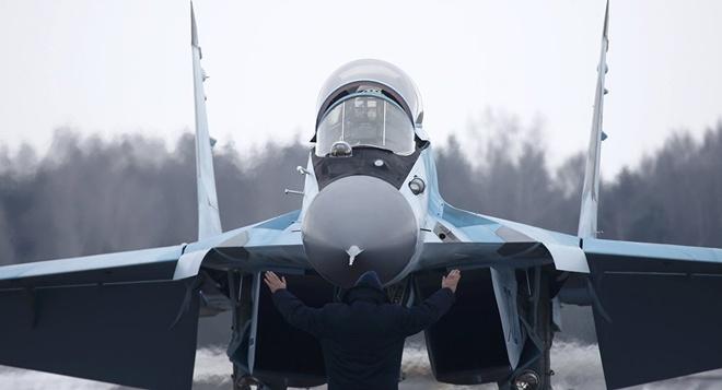 Chuong trinh tiem kich MiG-35 anh 1