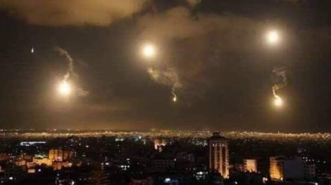 Phong khong Syria day lui cuoc tan cong cua Israel hinh anh 1 EQDJ9kVVUAI1B1c.jpg