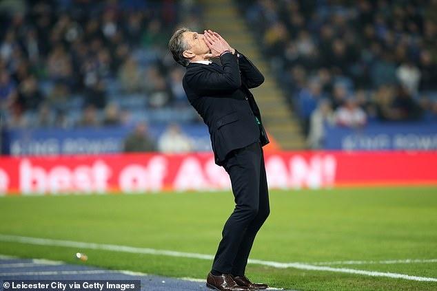 Leicester City sa thai HLV Claude Puel sau tran thua 1-4 hinh anh 2