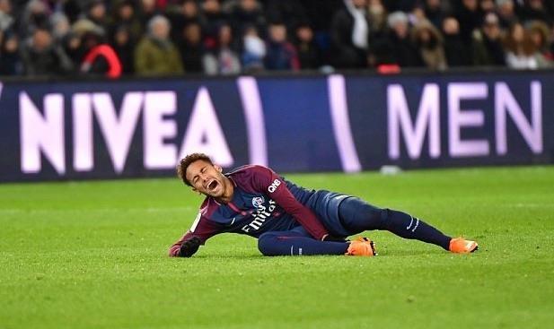 Neymar ngay cang sa sut nhanh hon anh 2