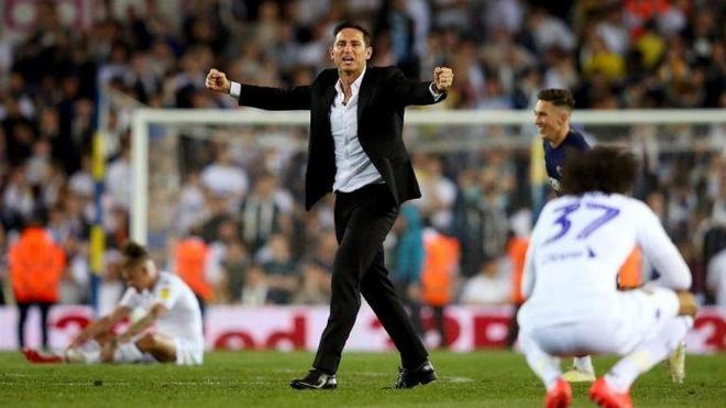 Lampard huy hoai tuong lai khi nhan ghe nong o Chelsea? Hinh anh 3