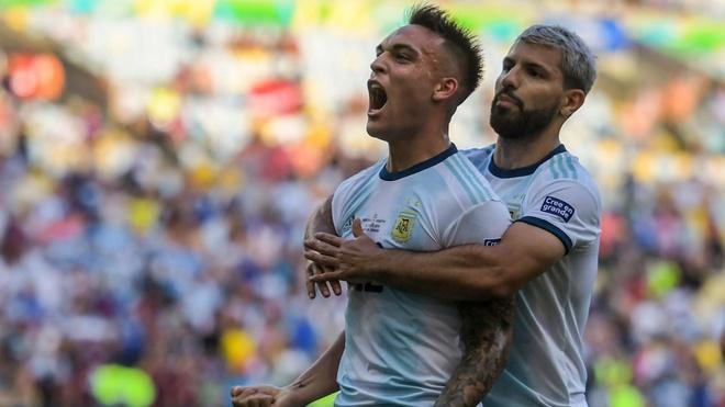 Argentina hay bien Messi thanh... cong nhan hinh anh 3