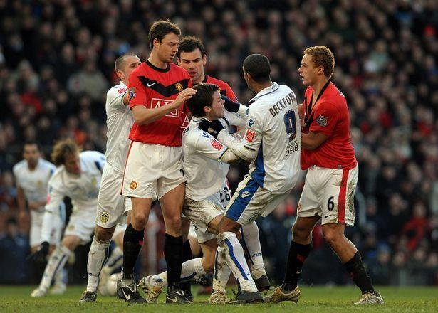 Man United vs Leeds - thuoc phim vo gia cua lich su hinh anh 2