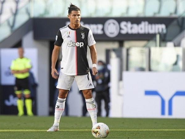 Cristiano Ronaldo CR7 Juventus anh 3