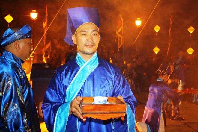 Te dan Nam Giao luc nua dem tai Festival Hue hinh anh 6