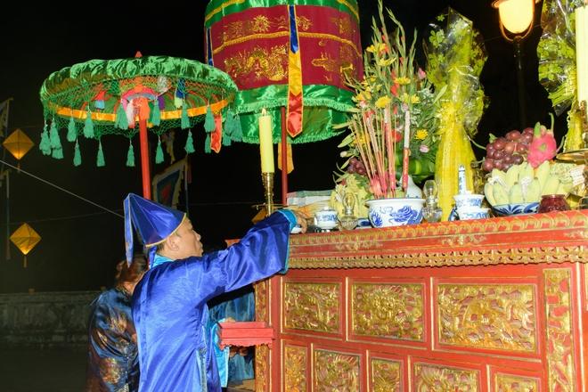 Te dan Nam Giao luc nua dem tai Festival Hue hinh anh 7