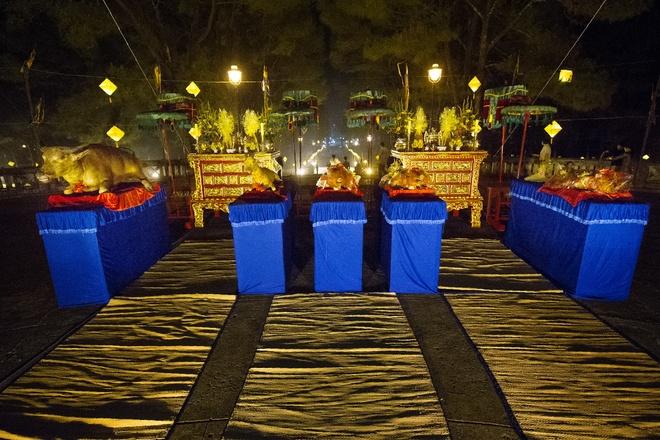 Te dan Nam Giao luc nua dem tai Festival Hue hinh anh 3