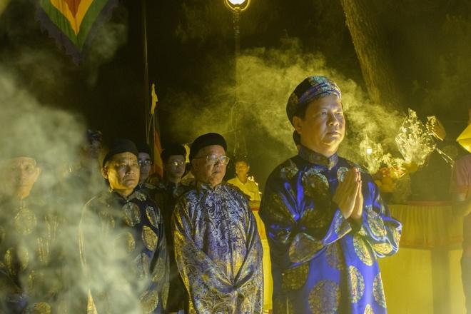 Te dan Nam Giao luc nua dem tai Festival Hue hinh anh 12