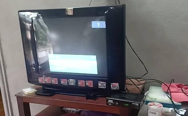 Người dân 'tố' bị lừa khi mua đầu thu truyền hình