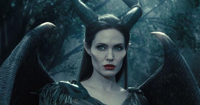 Angelina Jolie tro lai dong phim 'Maleficent 2' hau ly hon Brad Pitt hinh anh 2