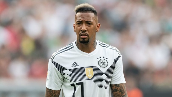 MU, Chelsea, PSG quyet chien vi Jerome Boateng hinh anh