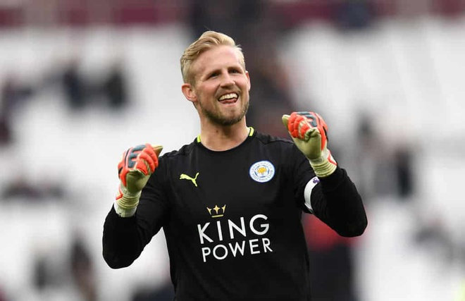 Leicester chieu mo thu mon Liverpool, Schmeichel rong cua toi Chelsea? hinh anh