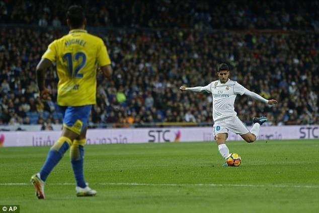 Sergio Ramos tiet lo chu nhan moi cua ao so 7 tai Real hinh anh 2