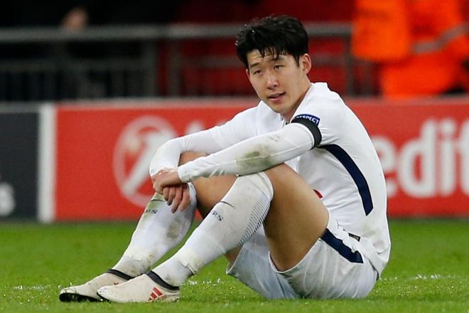 Son Heung-Min yeu cau hop toan doi sau that bai truoc Malaysia hinh anh