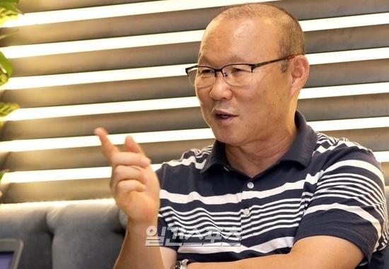 HLV Park Hang-seo: Cac HLV tre kho thanh cong tai Viet Nam hinh anh