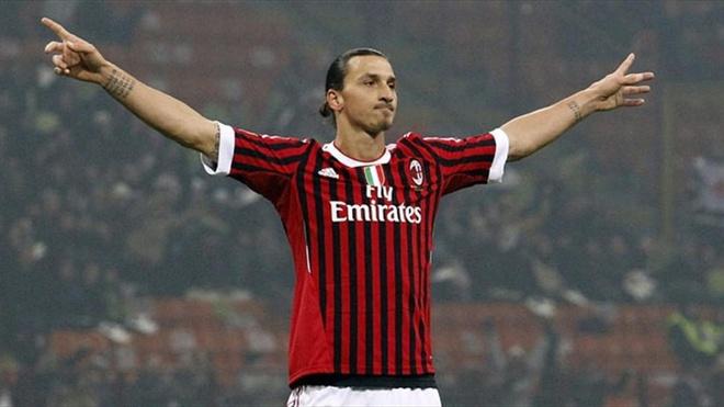 Ibrahimovic co the quay tro lai khoac ao AC Milan hinh anh